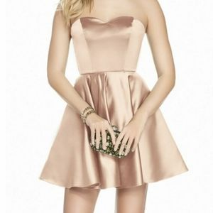 Betsy and Adam s8 champagne dress